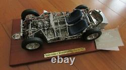 118 CMC Maserati Tipo 61 birdcage 1960 race car rolling chassis M-060 stand