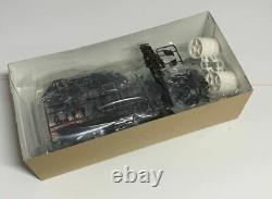TAMIYA 1/10 RC Calsonic Skyline GT-R 2001 TA04 Chassis 4WD Racing Car Model Kit
