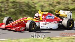 Châssis De Voiture De Course. Lola 94/50t Formule 3000 Baignoire En Carbone, Jamais Utilisé